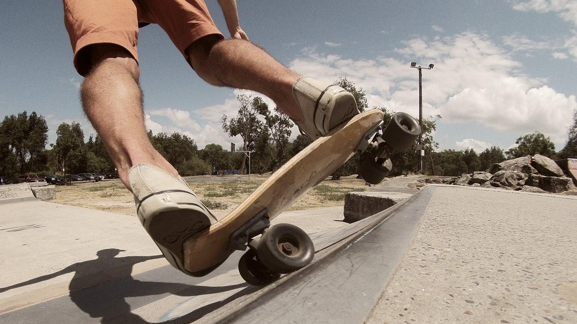 Felipe-skate-slalom-siebert-surfboards