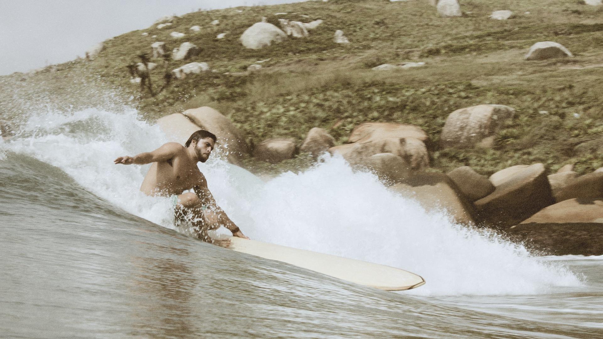 Gabriel-vanini-longboard-siebert-surfboards