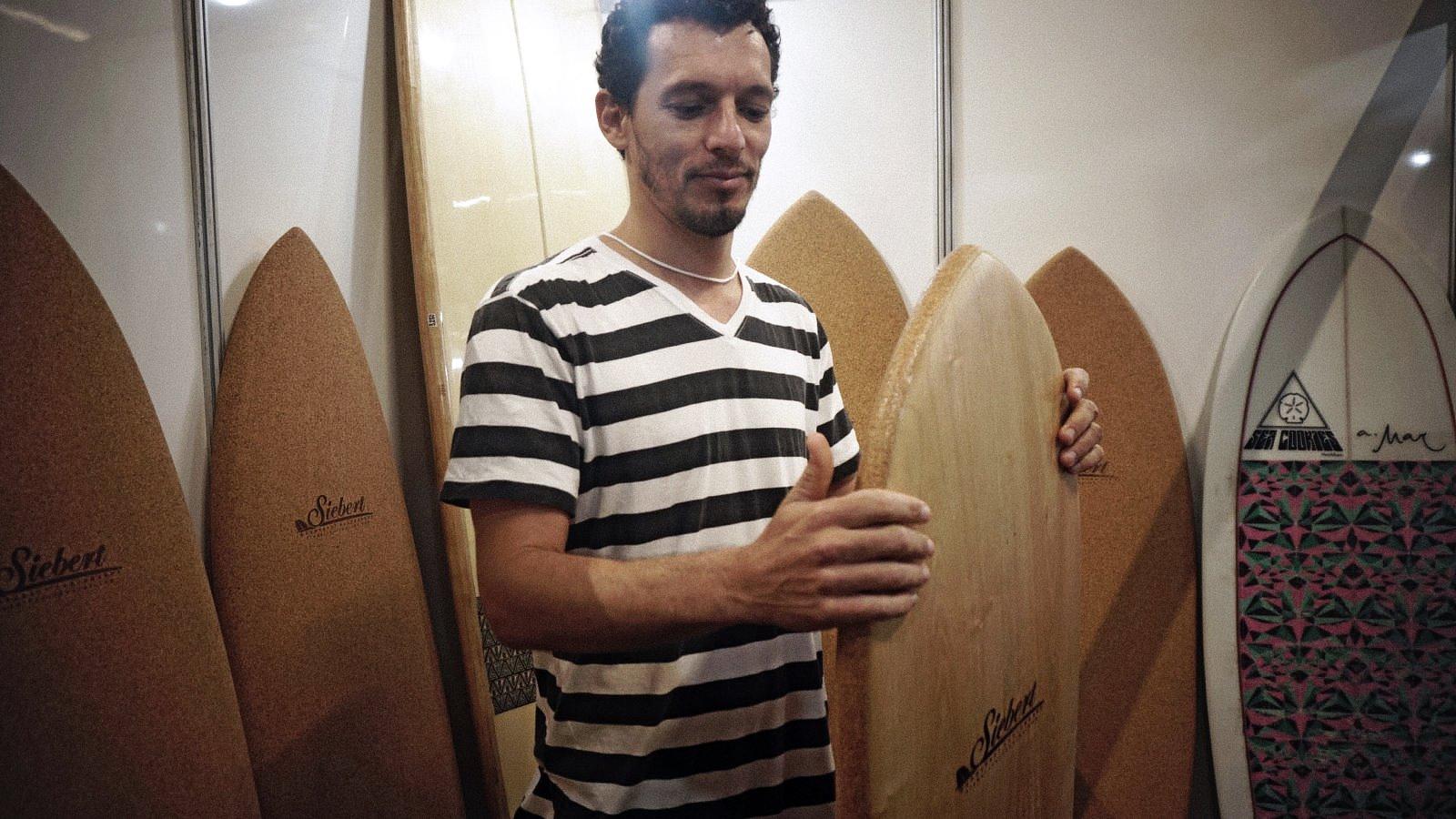 Felipe Siebert E Corky (Foto: Alexandra Iarussi)